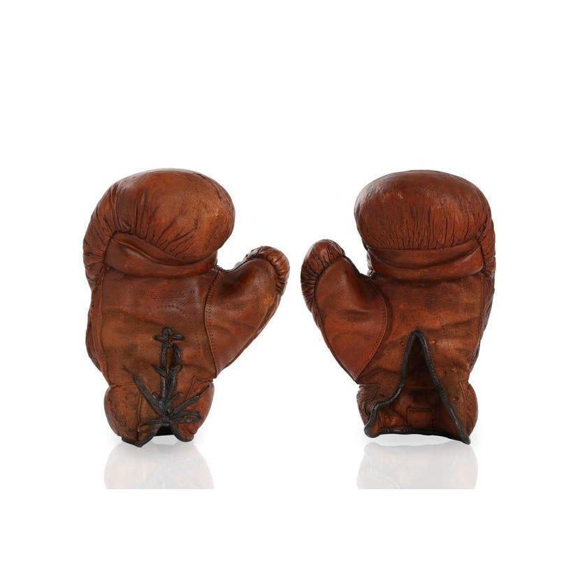 Resin Set of 2 Boxing Gloves Artefact